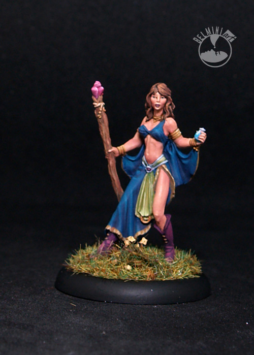 DSM7304 Female Mage with Staff,female