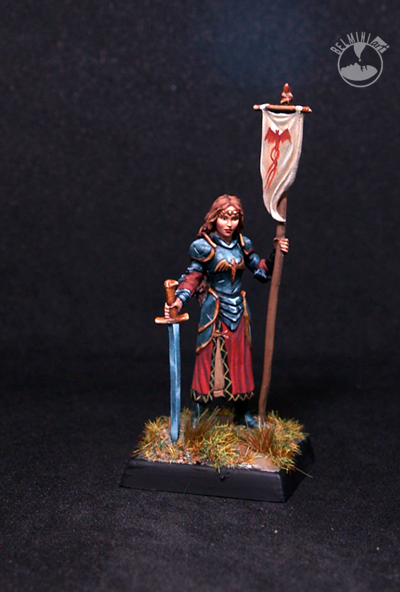 Darksword Female Paladin with Sword
