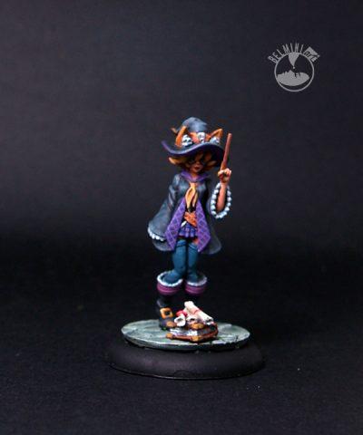 Sunny- Female Mage Apprentice